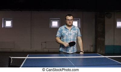 Man playing pingpong