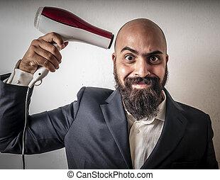 man, skäggig, och, jacka, med, hairdraier, och, rolig,...