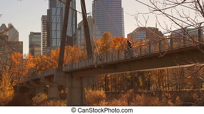 man, stad, staand, zijaanzicht, fiets, kaukasisch, brug, 4k