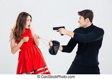 man, theif, stöld, ung kvinna, väska, och, hota, med, gevär