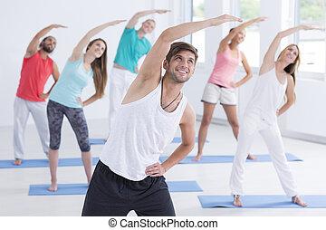 man, toonaangevend, de, pilates, opleiding