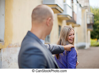 Man trying to get acquainted with woman - Man trying to get...