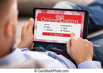 detroit dating service