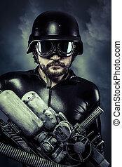 man, van, de toekomst, met, reusachtig, laser, kanon, hagelgeweer, op, cloudscape