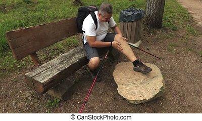 Man with leg muscle injury