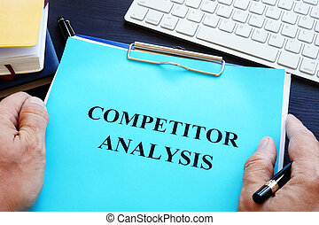 Manager is holding competitor analysis.