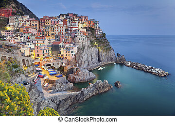 Manarola. - Image of Manarola (Cinque Terre, Italy), after...