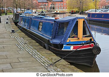 Manchester houseboat - Manchester, UK. Castlefield district...