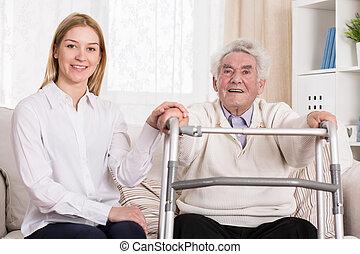 mand disabled, hos, gå, zimmer