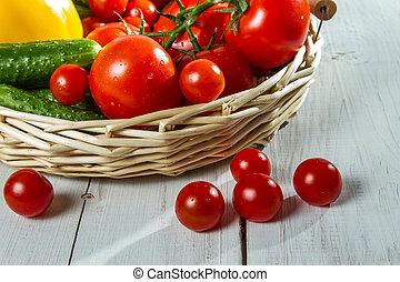 mand, fris, close-up, groentes, tomaten