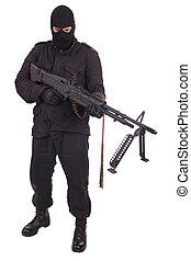 mand, ind, sort uniform, hos, maskine kanon
