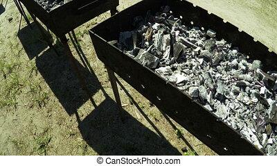 mangals, charbon de bois