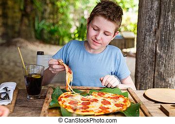 manger, adolescent, pizza