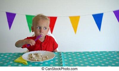 manger, adorable, fork., indépendant, boulette, enfantqui ...