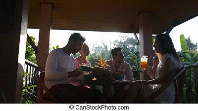manger, communiquer, gens, terrasse, matin, quoique, avoir, dehors, groupe, petit déjeuner, amis, repas