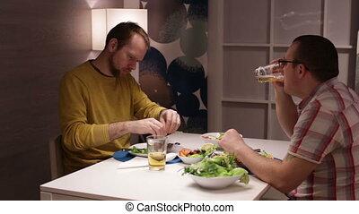 manger, conversation, boire, mâle, amis, table