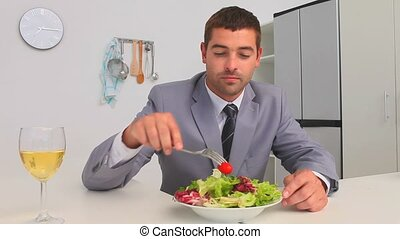manger, homme affaires, légumes