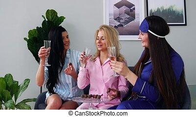 manger, sommeil, trois, bonbon, mariage, demoiselles honneur, fête, boire, champagne, avant