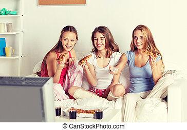 mangiare, tv guardante, casa, pizza, amici, felice