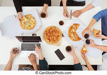 mangiare, ufficio, persone affari, concept., pranzo, squadra, felice, pizza