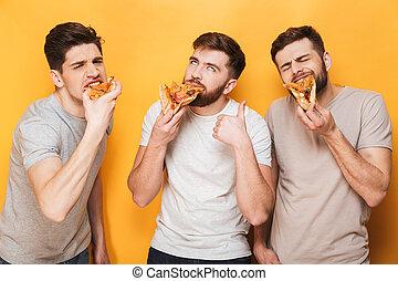 mangiare, uomini, tre, giovane, sorridente, pizza
