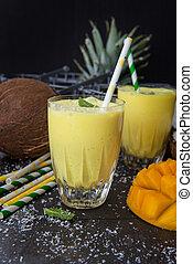 Mango Smoothie / Lassi with fresh exotic fruits