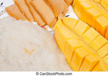 Mango Sticky Rice Dessert.