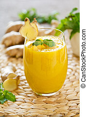 Mango with ginger smoothiie - Fresh mango with ginger...