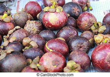Mangosteen in the market