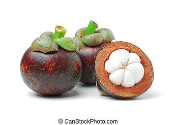 Mangosteen is a tropical fruit, white meat, dark purple rind