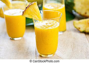 mangue, à, ananas, smoothie