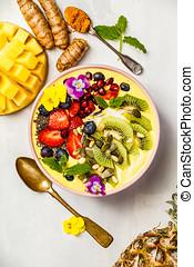 mangue, banane, ananas, curcuma, smoothie, bol