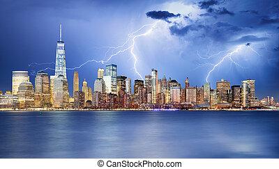manhattan égvonal, éjjel, new york, city.