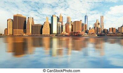 Manhattan at sunrise, New York, Tim