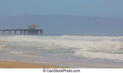 Manhattan Beach Pier - Manhattan Beach in California with...