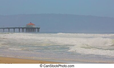 Manhattan Beach Pier - Manhattan Beach in California with...