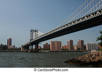 Manhattan Bridge - the Manhattan Bridge in New York City...