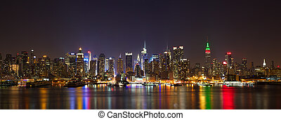 Manhattan midtown panorama - New York City midtown skyline...