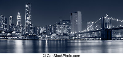 Manhattan, New York City. - Image of Brooklyn Bridge with...
