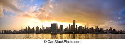 Manhattan skyline panorama