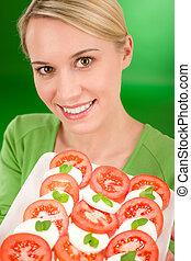 manière vivre saine, -, femme, à, salade caprese