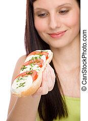 manière vivre saine, -, femme, jouir de, caprese, sandwich