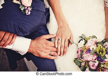 mani, anelli, presa a terra, matrimonio
