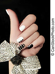 manicura, en, cortocircuito, nails.