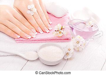 manicure francês, com, óleos essenciais, damasco, flowers.,...
