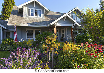 Manicured garden and home Gresham Oregon. - Manicured garden...