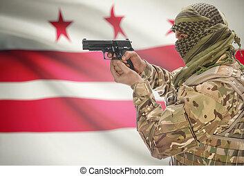 manlig, in, muslimsk, keffiyeh, med, gevär, in, hand, och, flagga, fond, -, stadsdel av columbia