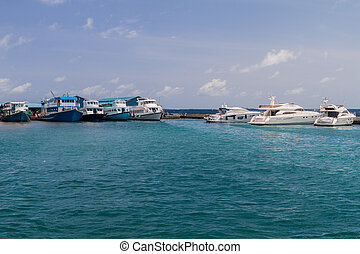 manlig, maldiverna, -, juli, 11, 2016:, yachter, in,...