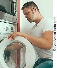 manlig, tekniker, reparation, tvättmaskin, hos, home.