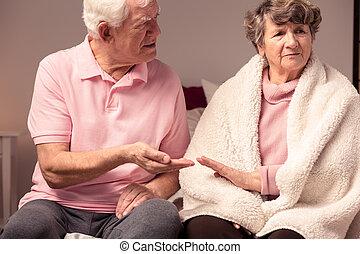 mann, ältere frau, konflikt, zwischen